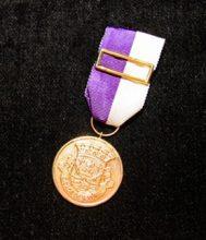 Medalha Dedicação – Ouro