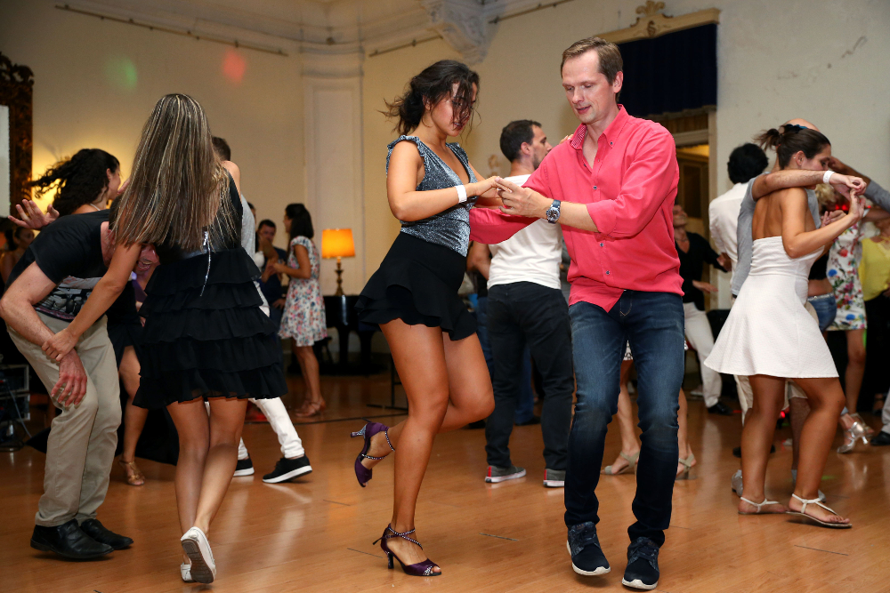 Programas e Projetos Culturais | Danças latinas