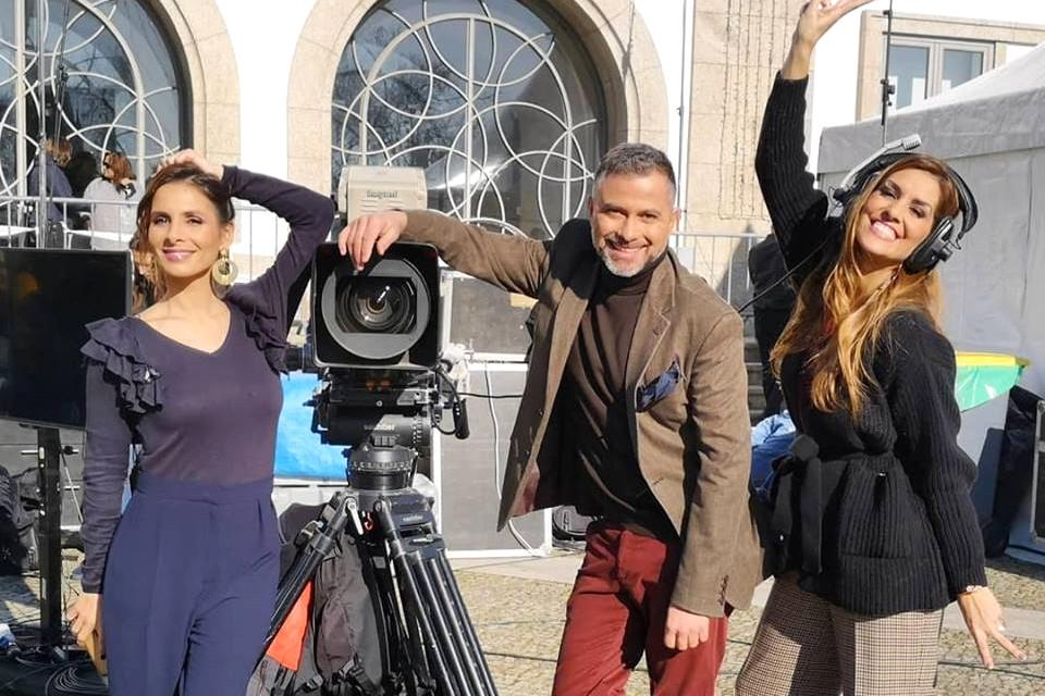 Programa Aqui Portugal, com os apresentadores Hélder Reis, Joana Teles e Catarina Camacho