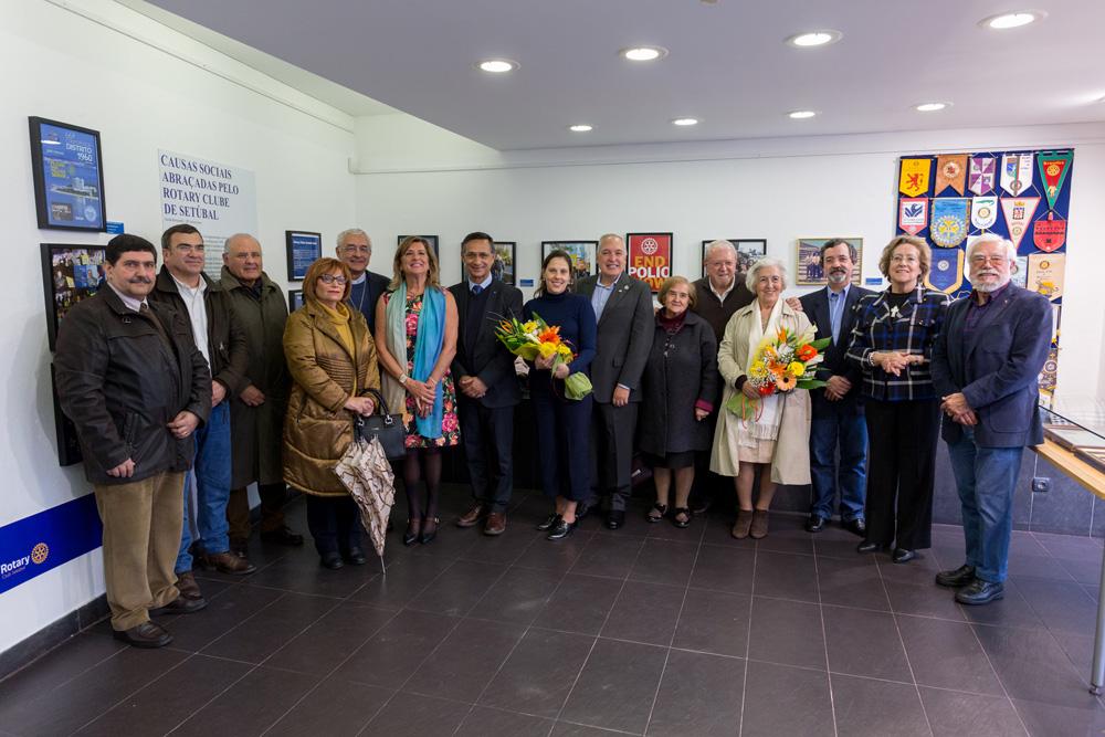Dar de Si Antes de Pensar em Si - exposição 75 anos Rotary Club Setúbal