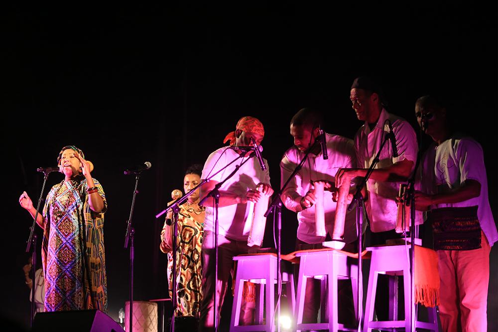 Exib Música | Betsayda Machado | Praça de Bocage