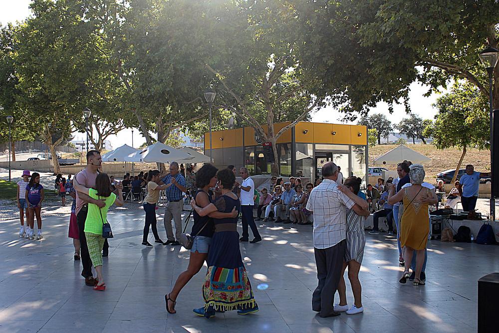Cultura em Movimento | Dança na Rua | Tango | Foto da Junta de Freguesia de São Sebastião