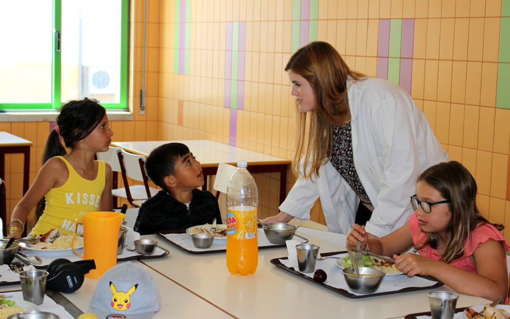 Nutricionista no Campo de Férias Jovem | foto da Junta de Freguesia de São Sebastião