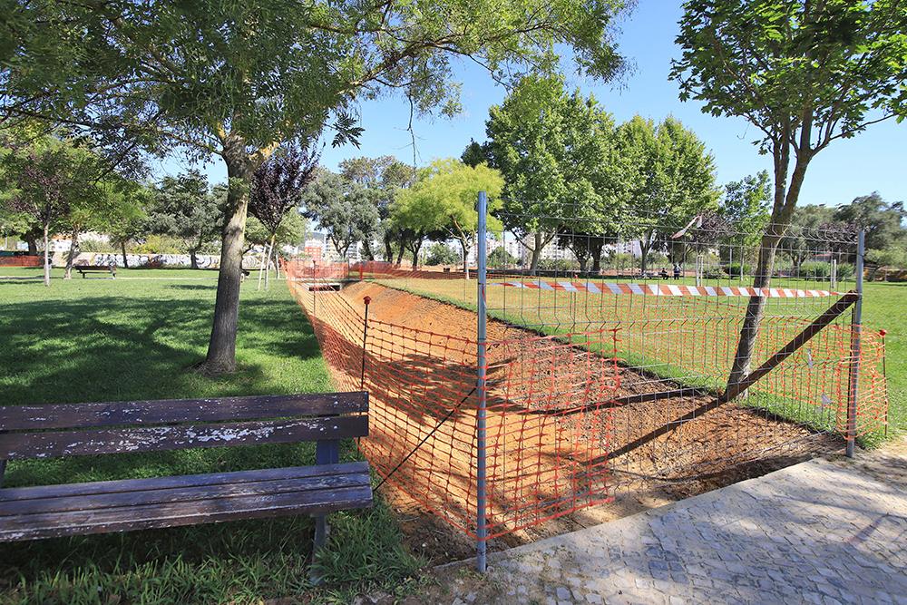 Obras de Regularização do Troço Final da Ribeira da Figueira e Bacias de Retenção - Algodeia