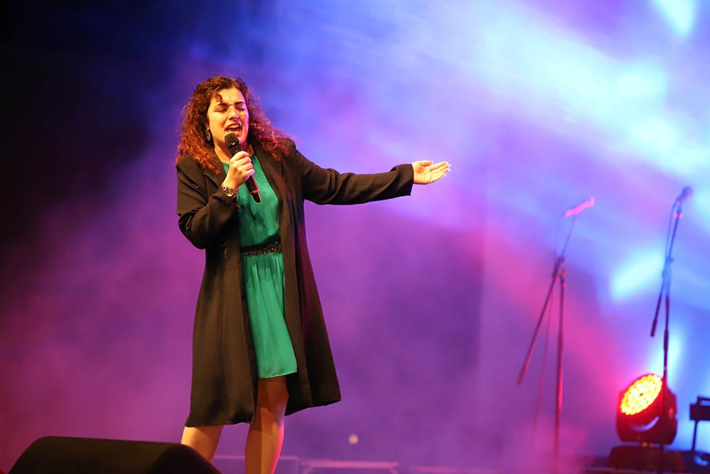 Homenagem a Dina | Micaela Castanheira