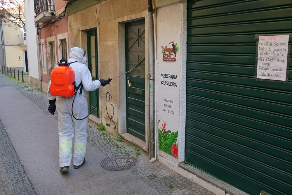 Coronavírus Covid-19 | brigada de desinfeção | Troino e Avenida dos Combatentes
