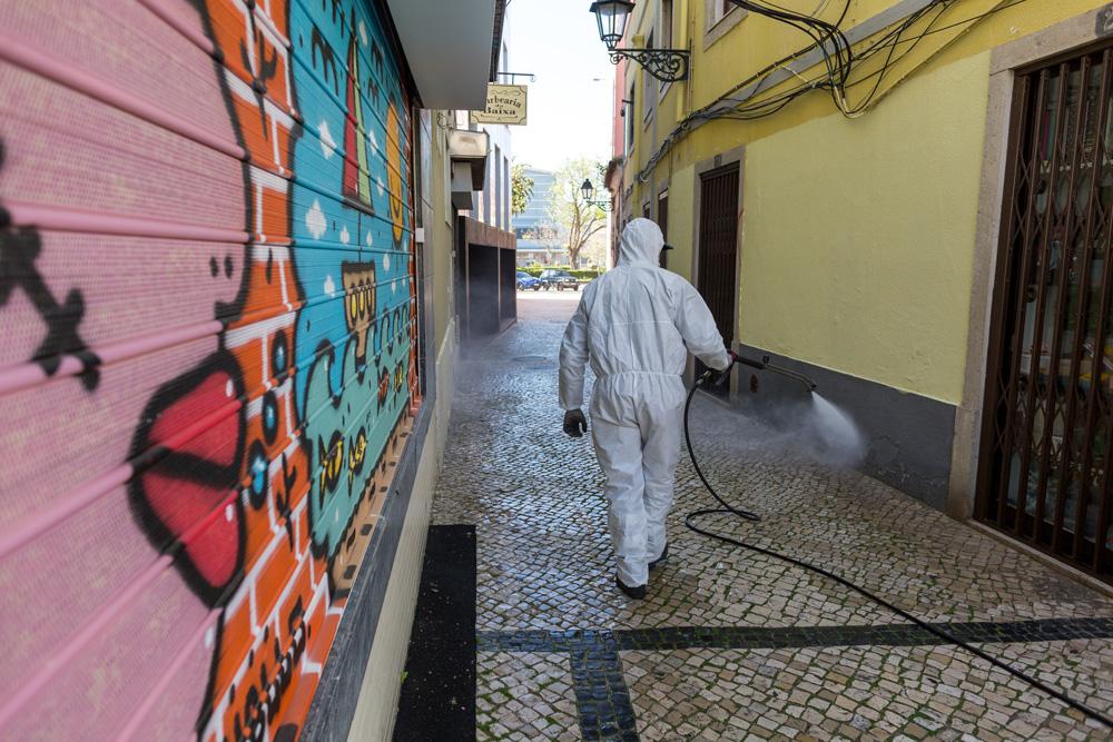 Coronavírus Covid-19 | desinfeção e limpeza | Baixa