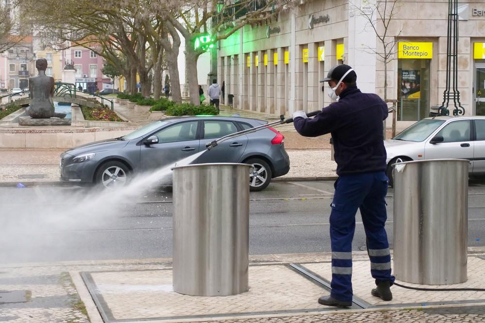 Coronavírus Covid-19 | lavagem e desinfeção do espaço público
