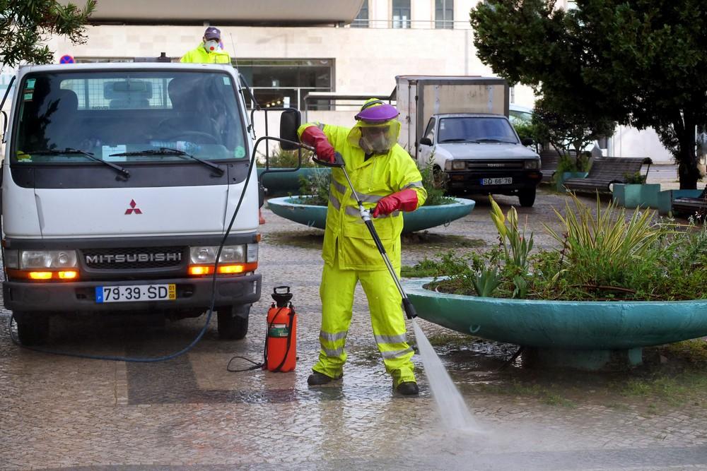 Coronavírus Covid-19 | limpeza urbana e desinfeção | Praça do Brasil