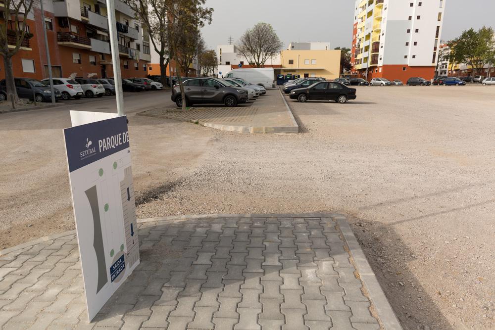 Parque Estacionamento - Vale do Cobro