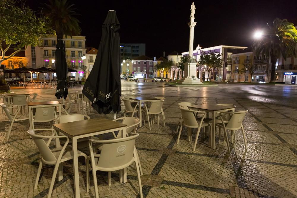 Coronavírus Covid-19 | Restauração/Hotelaria | Esplanadas | Noite | Praça de Bocage