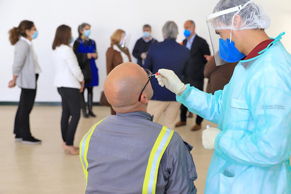 Covid-19 - visita ao centro de testes