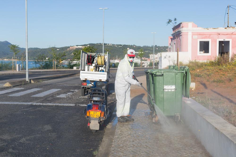 Coronavírus Covid-19 | limpeza e desinfeção | Avenida Belo Horizonte | 2 de abril