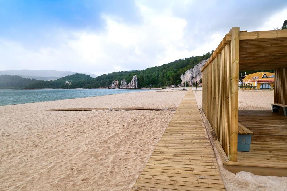 Programa Valorizar - Turismo Acessível | obras na Praia de Albarquel