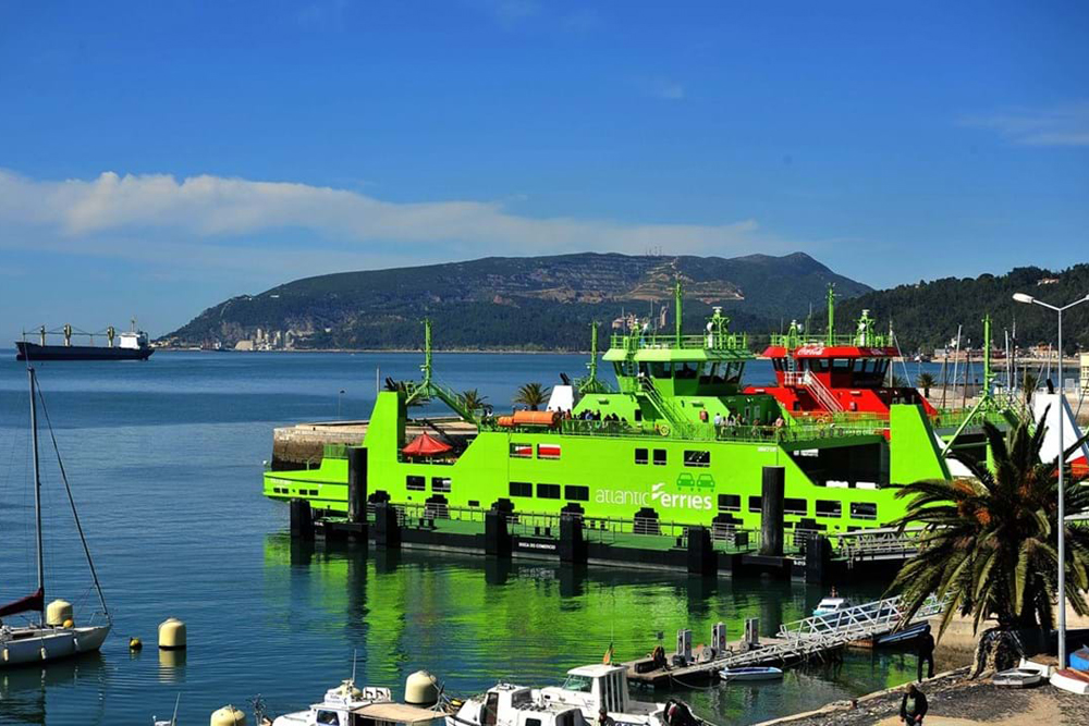Doca das Fontainhas | ferries