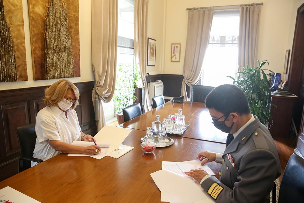 Clube Militar de Oficiais de Setúbal | Assinatura de Auto de Entrega