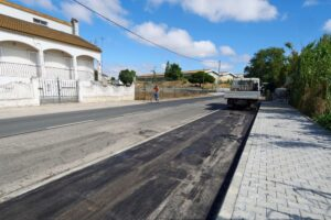 Repavimentação - Estrada Vale da Rosa