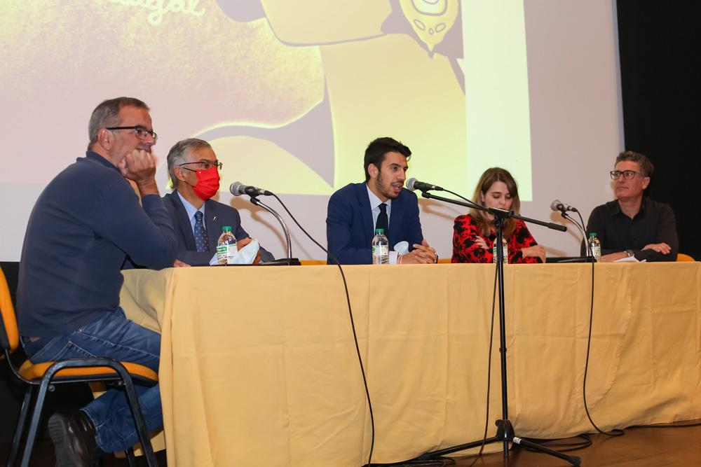 Abraçar Amália é Abraçar Portugal - conferência - Centenário de Amália