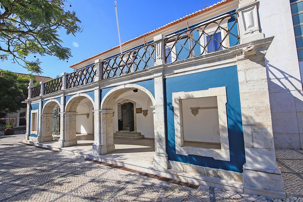 Casa do Turismo - antigo Clube Militar de Oficiais