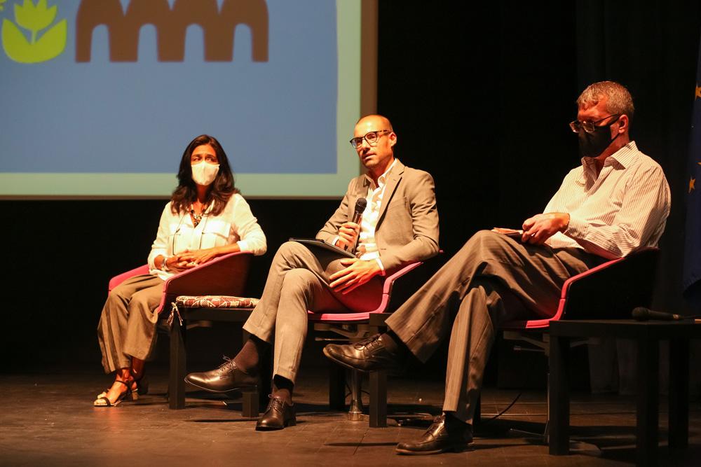 VI Conferência Anual de Educação | Mesa redonda - A cidade como espaço de aprendizagem ao longo da vida