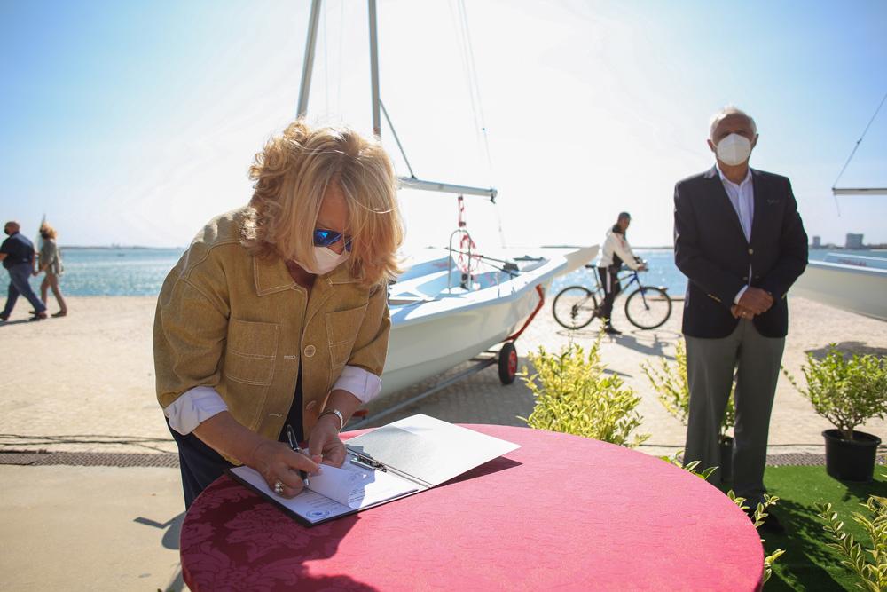 Vela | assinatura de protocolos e entrega de embarcações