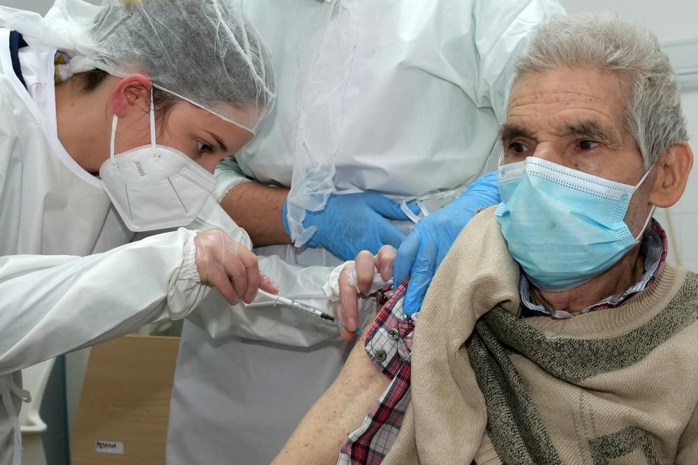 Covid-19 | vacinação | Lar Dr. Francisco Paula Borba