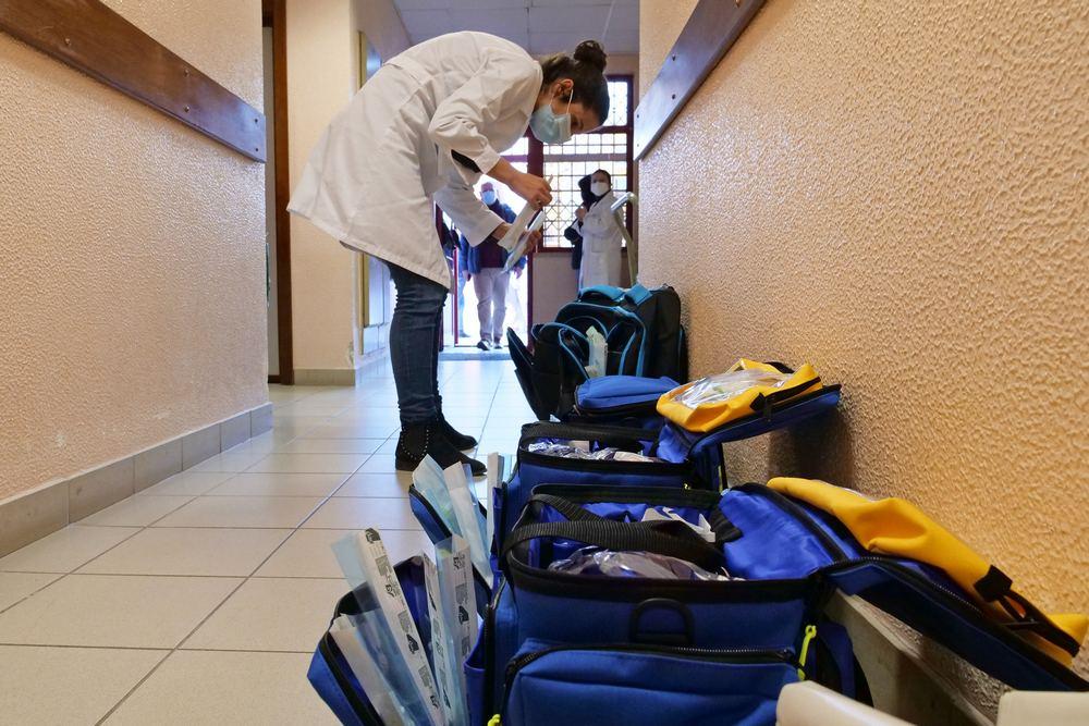 Covid-19 | vacinação | preparação na UCP de São Sebastião