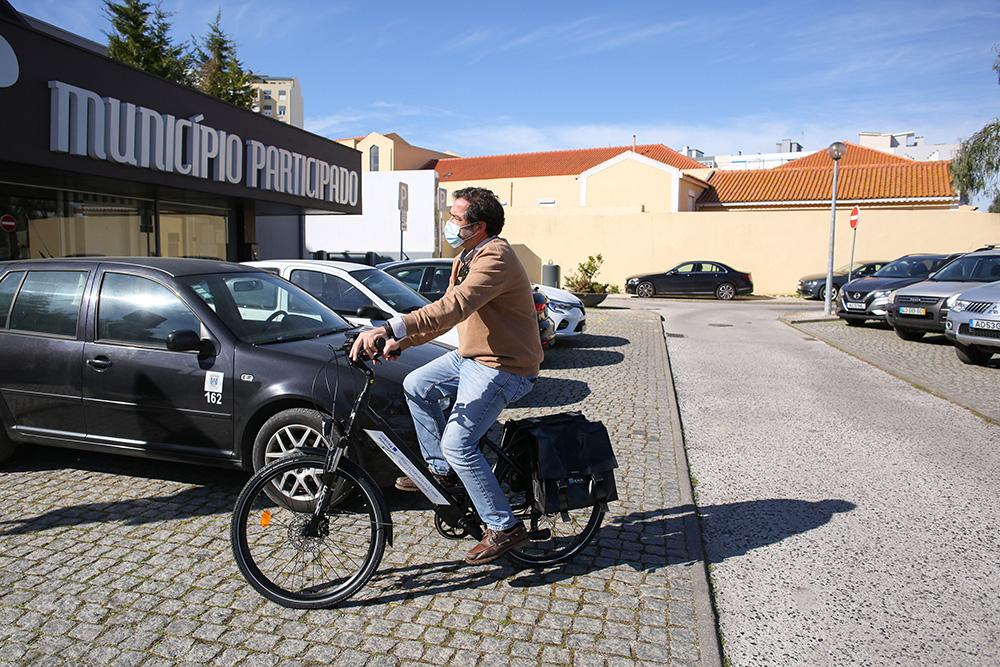 ENA entrega bicicletas elétricas à autarquia