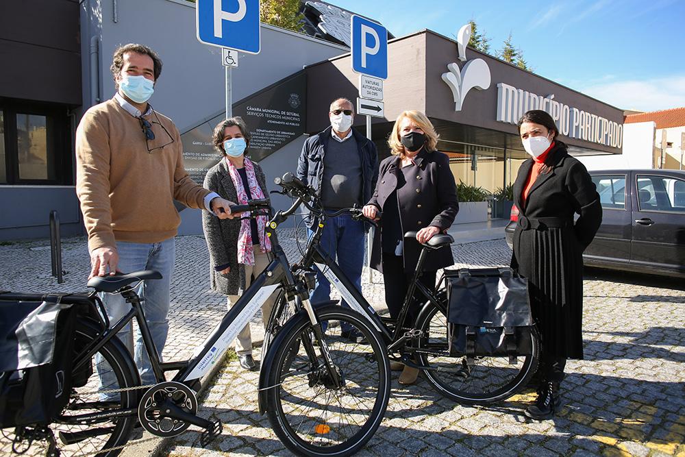 ENA entrega de bicicletas elétricas à autarquia