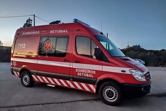Apoio da JF de São Sebastião aos Bombeiros Voluntários | Foto da Junta de Freguesia de São Sebastião