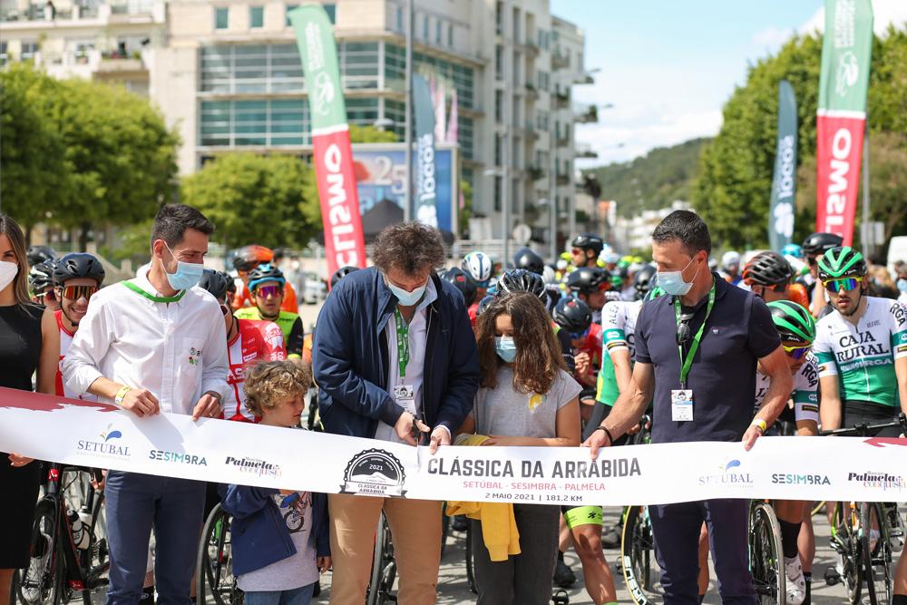Ciclismo   Clássica da Arrábida 2021 - partida Avenida Luísa Todi