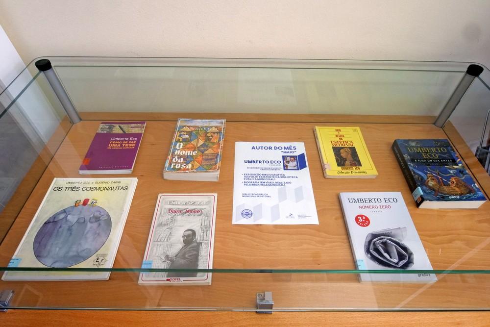 Autor do Mês   Umberto Eco em exposição biobliográfica na Biblioteca