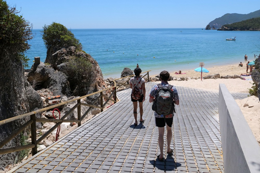 Praia de Galapos | acesso principal requalificado